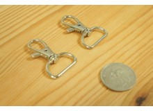 *T261(10/3)-* Silver Snap hook and D ring set (2.0cm)