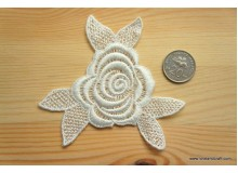 *R253(10/3)* Embroidery patch: Flower 2