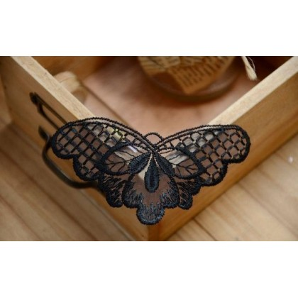 *700362~* Embroidery patch: Black butterfly (2pcs)