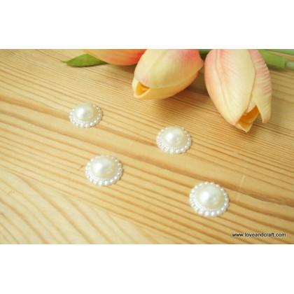 *J00144-* Classy pearl beads 1.7cm