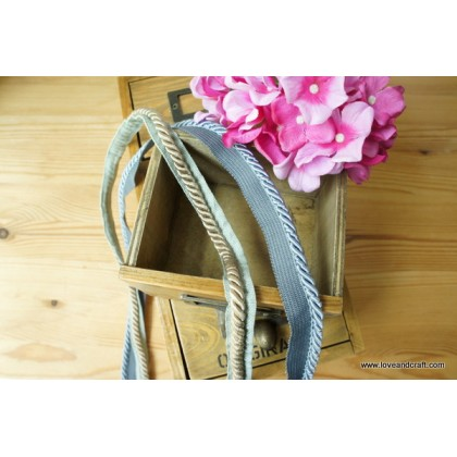 *R00528* Twisted Welt Cord