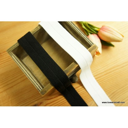 *700582~* High Grade Elastic Band: Black and White 2.5cm