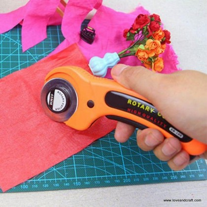 *T00320~* Rotary Cutter 45mm