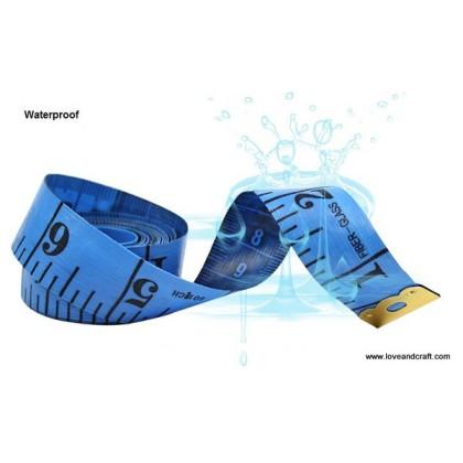 *T00324(10/3)~* Measurement Tape With Storage Box