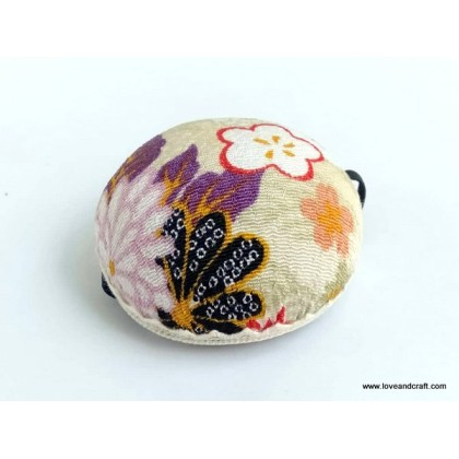 *T00364~* Wrist Pin Cushion