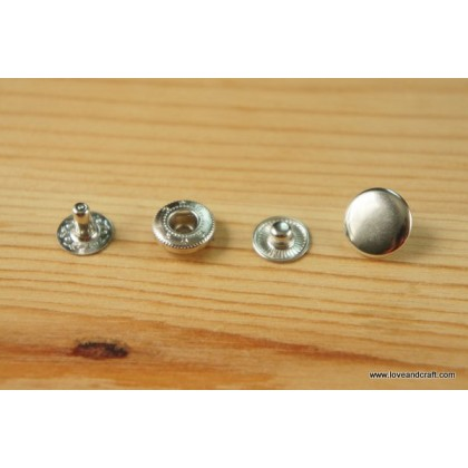 *B00388~* ASSORTED BUTTONS --WHOLESALE--